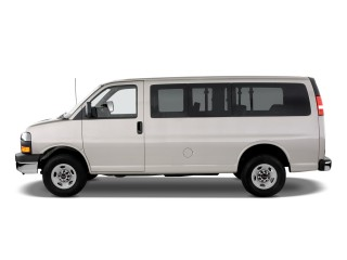 2010 GMC Savana Passenger Photo