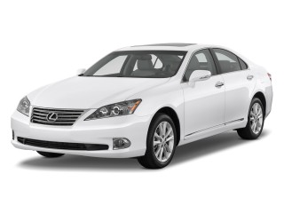2010 Lexus ES 350 4-door Sedan Angular Front Exterior View