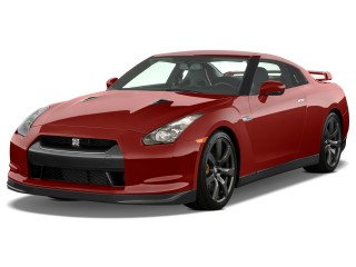 2010 Nissan GT-R Photo