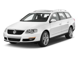 2010 Volkswagen Passat Wagon 4-door Auto Komfort FWD Angular Front Exterior View