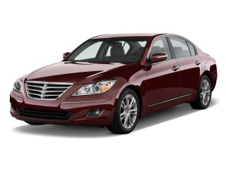 2011 Hyundai Genesis 4-door Sedan V8 Angular Front Exterior View