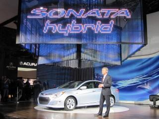 2011 Hyundai Sonata Hybrid Photo