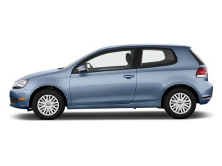 2011 Volkswagen Golf Photo