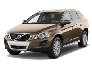 2011 Volvo XC60 FWD 4-door 3.2L Angular Front Exterior View