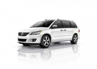 2012 Volkswagen Routan Photo