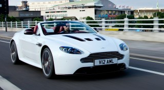 2013 Aston Martin Vantage Photo