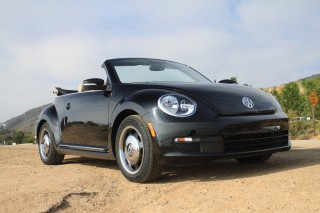 2013 Volkswagen Beetle Photo