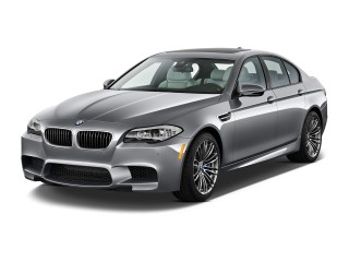 Angular Front Exterior View - 2014 BMW M5 4-door Sedan