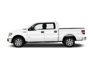 """2014 Ford F-150 2WD SuperCrew 145"""" XLT Side Exterior View"""