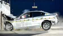 2014 Infiniti Q50 - NHTSA frontal crash test