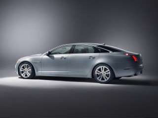 2015 Jaguar XJ Photo