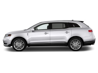 2015 Lincoln MKT 4-door Wagon 3.7L FWD Side Exterior View