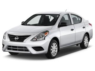 2015 Nissan Versa Photos