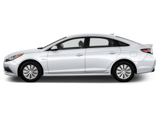 Side Exterior View - 2016 Hyundai Sonata Hybrid 4-door Sedan SE