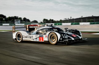 2016 Porsche 919 Hybrid LMP1 race car