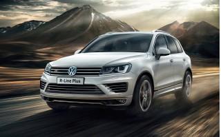 2016 Volkswagen Touareg R-Line Plus (European spec)