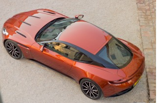 2017 Aston Martin DB11 First Drive