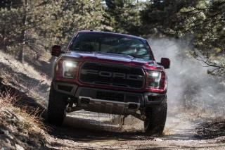The Great American Race: Hellcat vs. Raptor around and over a mountain