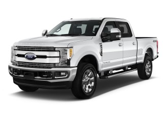 2017 Ford Super Duty F-250 SRW Lariat 4WD Crew Cab 6.75' Box Angular Front Exterior View