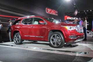 2017 GMC Acadia  -  2016 Detroit Auto Show live photos