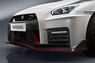 2017 Nissan GT-R Nismo revealed