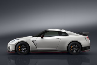 2017 Nissan GT-R Nismo, 2017 Bentley Continental GT Speed, Land Airbus concept: Today's Car News
