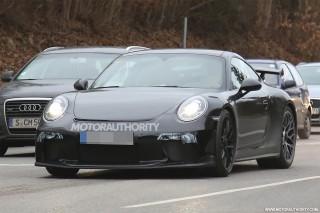 2017 Porsche 911 GT3 facelift spy shots - S. Baldauf/SB-Medien