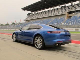 2017 Porsche Panamera, Technical Backgrounder, July 2016
