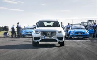 2017 Volvo XC90 T8 Twin Engine with Polestar Performance Optimization