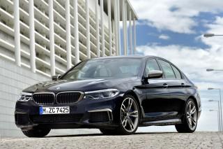 2018 BMW 5-Series Photos