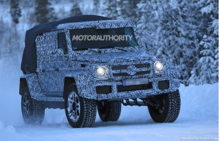 2018 Mercedes-AMG G63 4x4² pickup spy shots