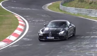 2018 Mercedes-AMG GT R storms the Nürburgring