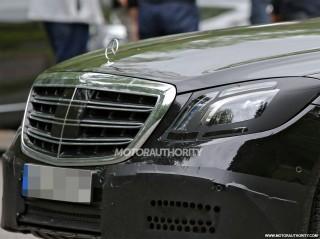 2018 Mercedes-Benz S-Class facelift spy shots - Image via S. Baldauf/SB-Medien