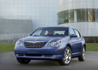 2010 Chrysler Sebring Photo