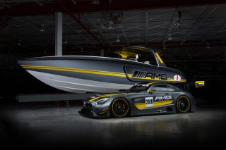 Cigarette Racing Out With New Boat Inspired By The Mercedes-AMG GT3