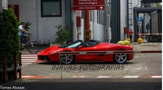 Ferrari LaFerrari Aperta spotted in the wild