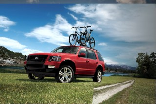 2010 Ford Explorer Photo