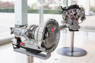 Ford 3.5-liter V-6 and 10-speed automatic transmission