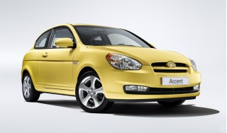 2010 Hyundai Accent Photo