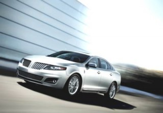 2012 Lincoln MKS Photo