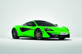 McLaren launches slew of carbon fiber accessories for Sports Series cars