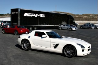 2010 Mercedes-Benz SLS Photo