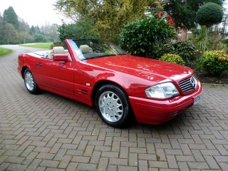 1996 Mercedes-Benz SL500 auctioned with just 80 miles on the odometer