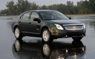 2011 Mercury Milan Photo