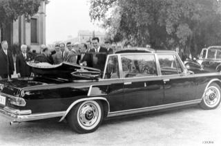 Pope Paul VI's 1965 Mercedes-Benz Pullman limousine popemobile