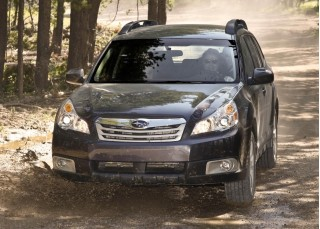 2010 Subaru Outback Photo