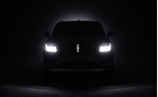 2018 lincoln navigator teased ahead of 2017 new york auto show. Black Bedroom Furniture Sets. Home Design Ideas