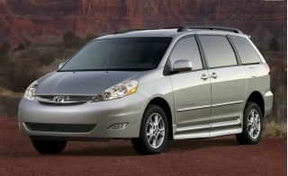 2009 Toyota Sienna Photo