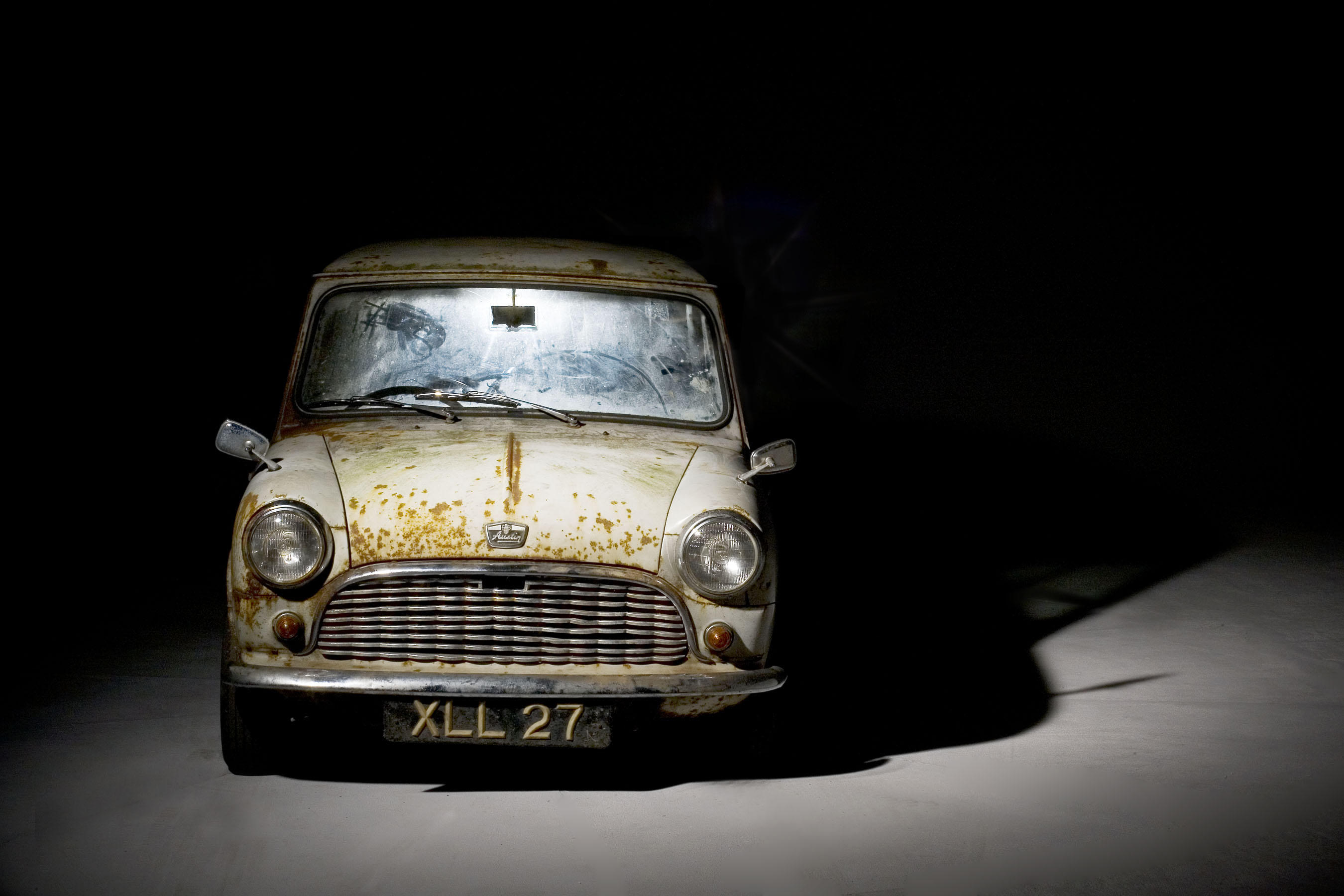 Oldest Surviving Unrestored Austin Mini Sold For 163 40 250