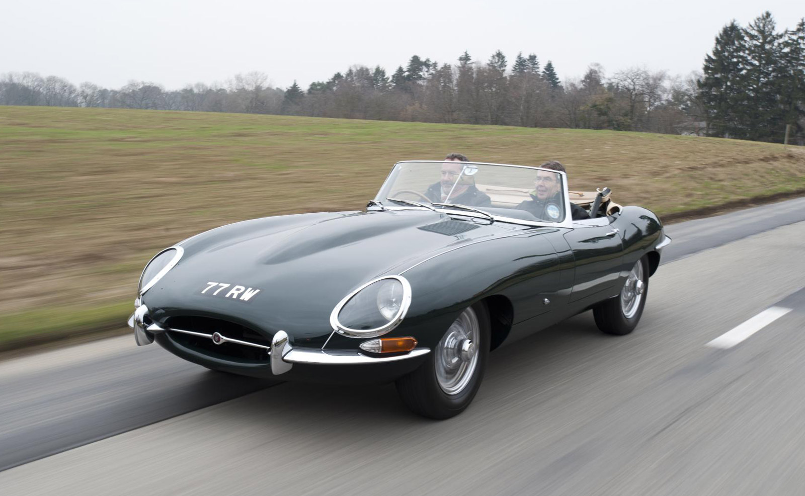 Jaguar Lets Fans Drive Its Heritage Collection 98cdc969df60